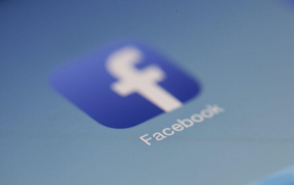 Facebook | SocialWise